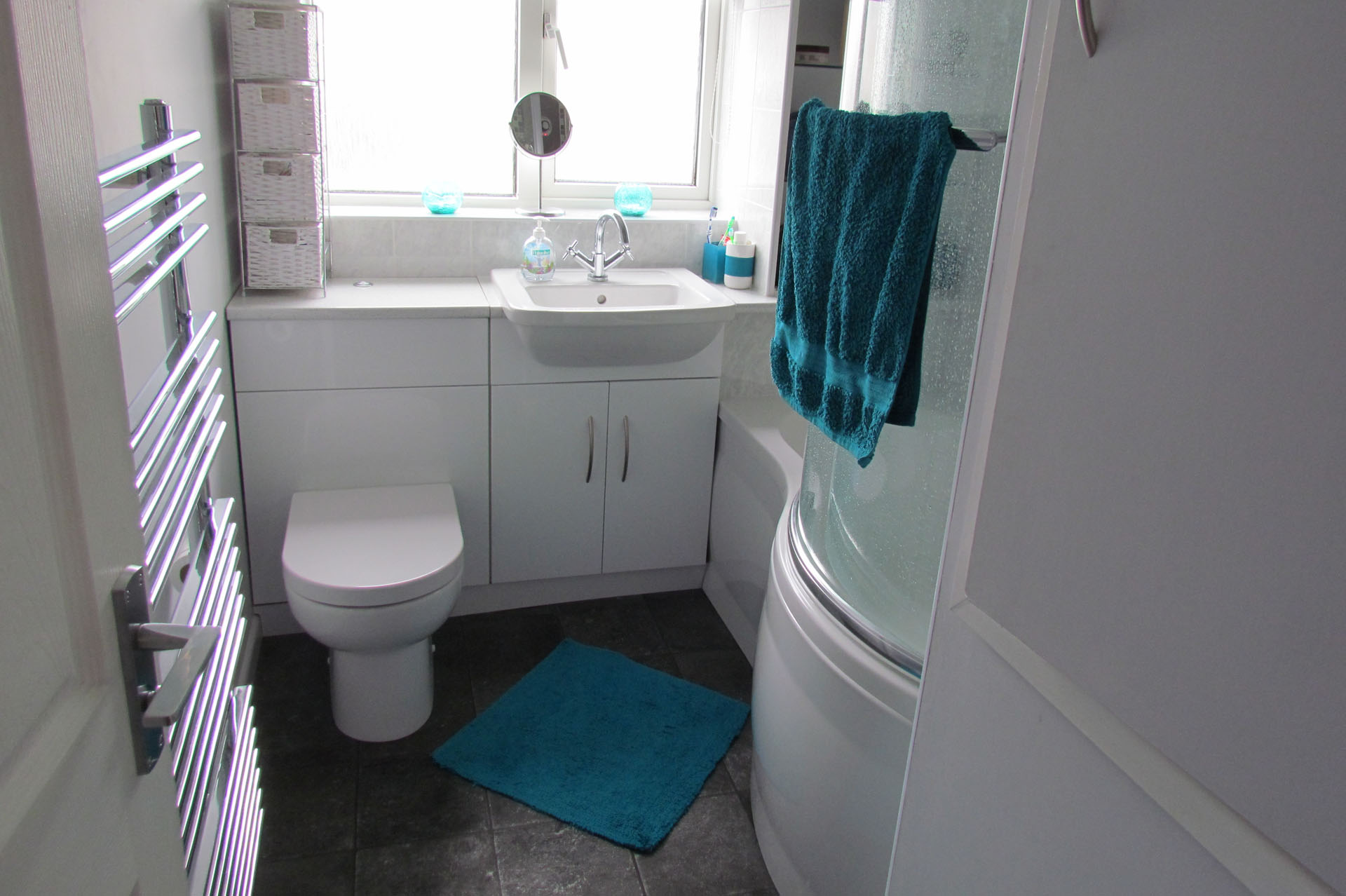 Phil G Webber Bathroom And Bedroom Fitters - I need a new bathroom